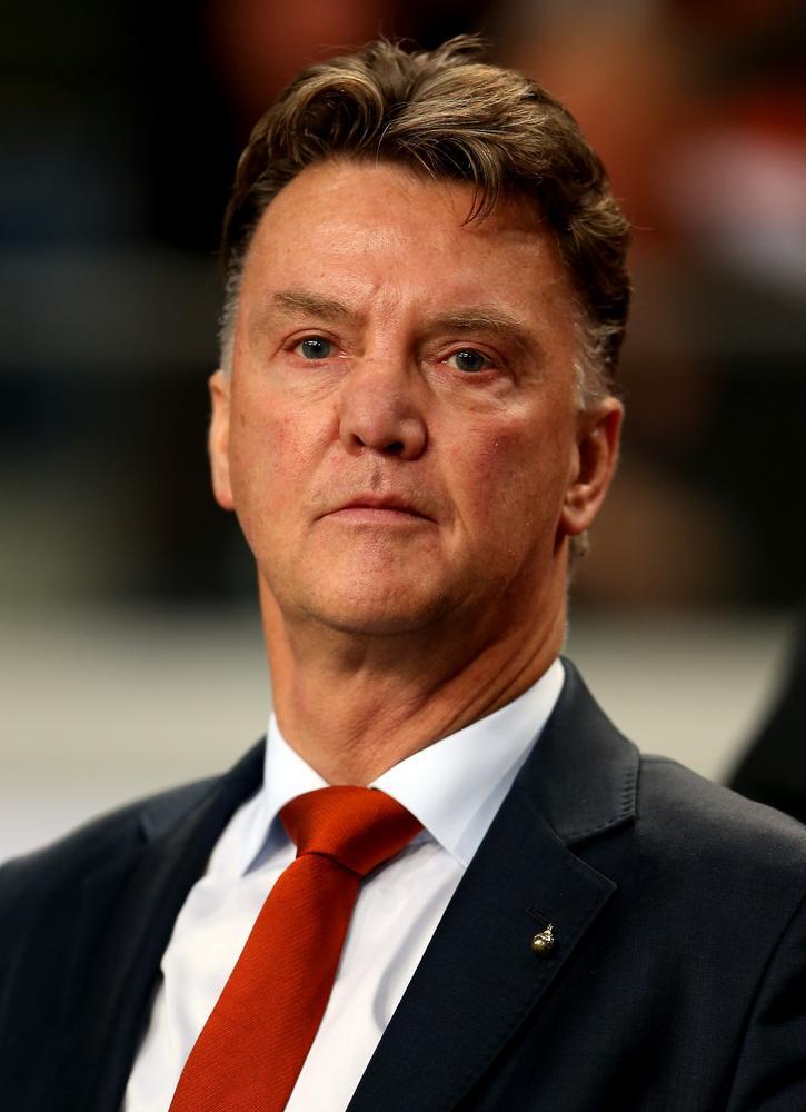 Tim Sherwood under increased pressure as Louis van Gaal re-iterates his desire to manage in England