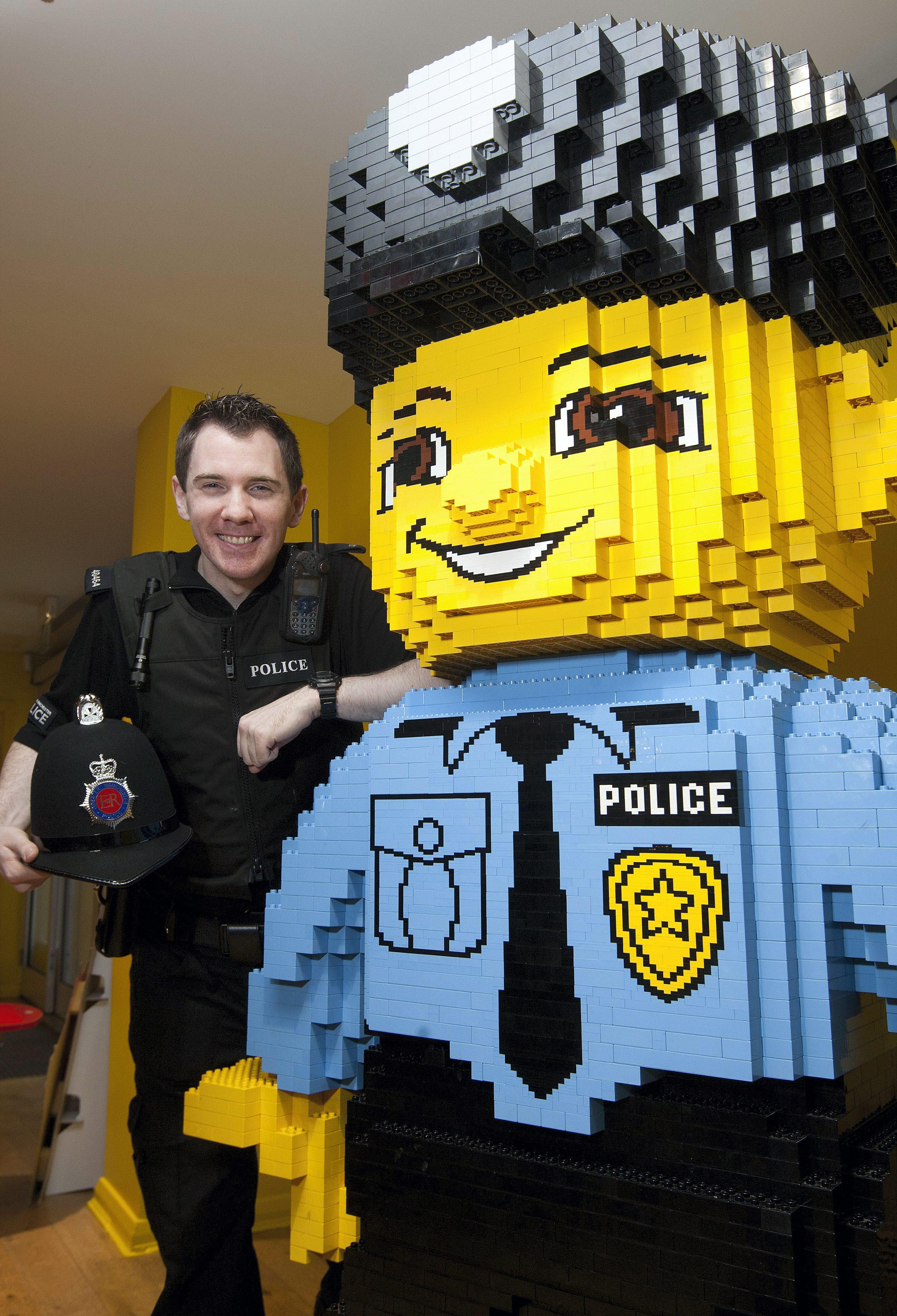 Alex Bidolak, Lego, Legoland