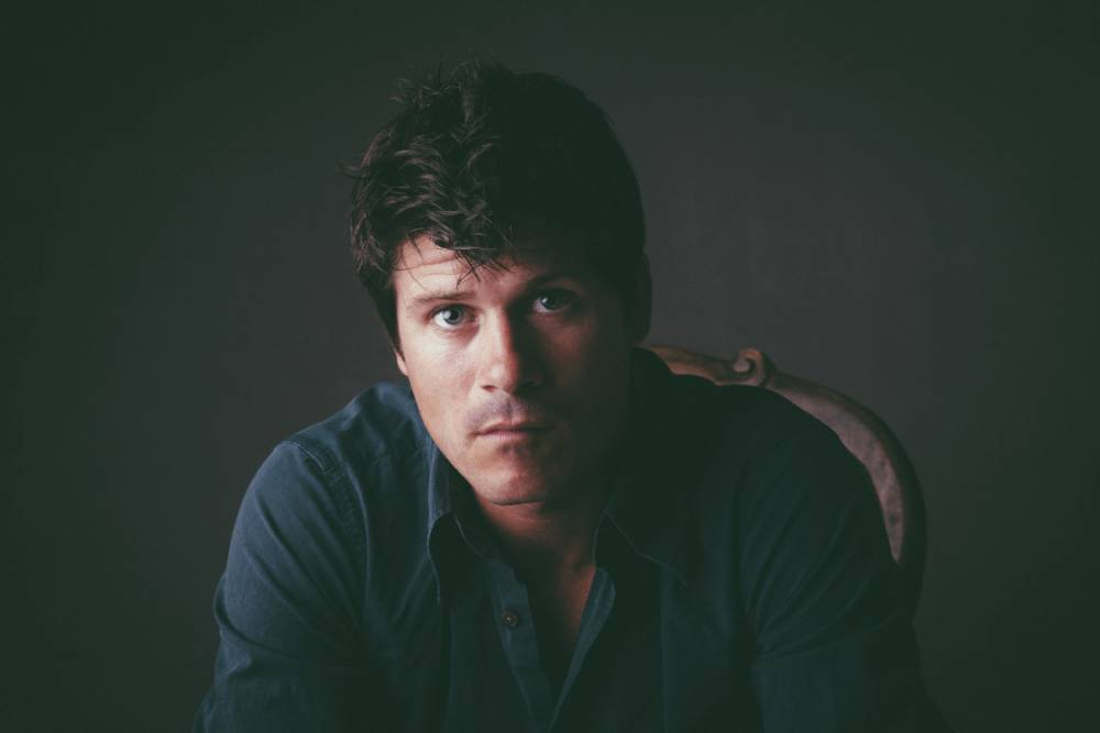 Seth Lakeman's Word Of Mouth has toe-tapping quality but is at its best when the tempo slows