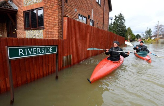 Uk floods, uk weather, Wraysbury, Berkshire, River Thames