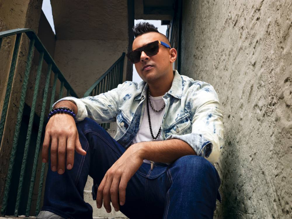 Sean Paul doesn't leave his comfort zone with Full Frequency