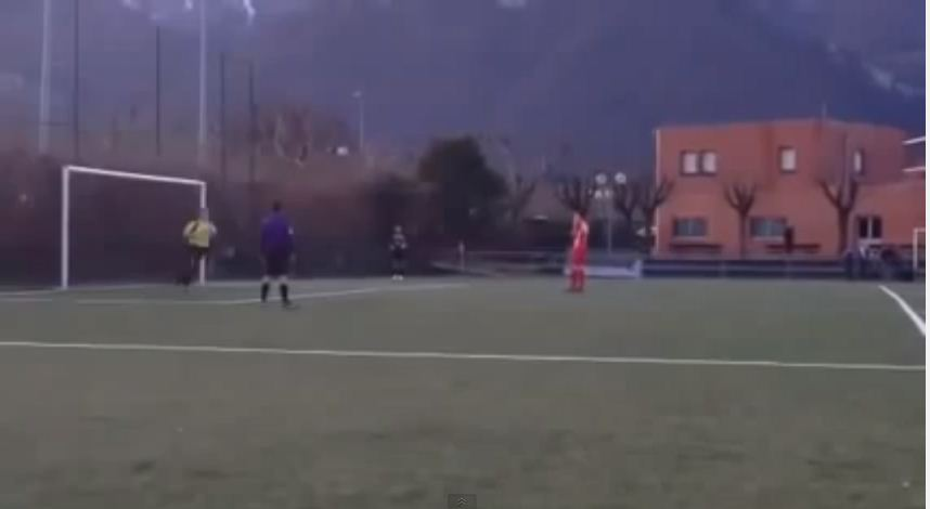 Goalkeeping fail! Penalty paid for premature celebration – video