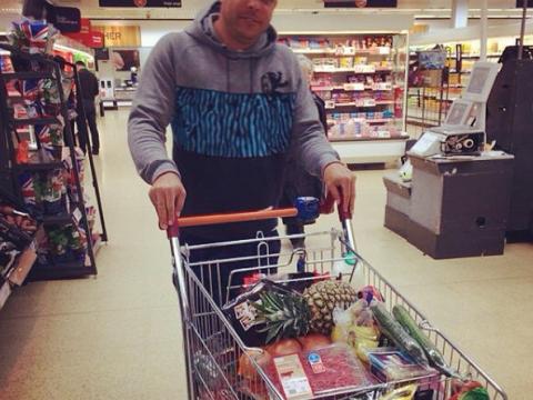 Ronaldo posts Instagram shot of Sainsbury's shop