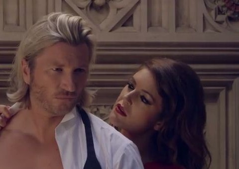 Robbie Savage appears in men's lingerie advertisement – video