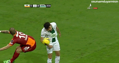 Cheeky! Watch Wesley Sneijder pull off clever 'ass pass' in Galatasaray match