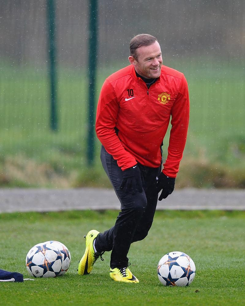 The Tipster: Manchester United will struggle to beat Olympiakos even if Wayne Rooney gets among the goals
