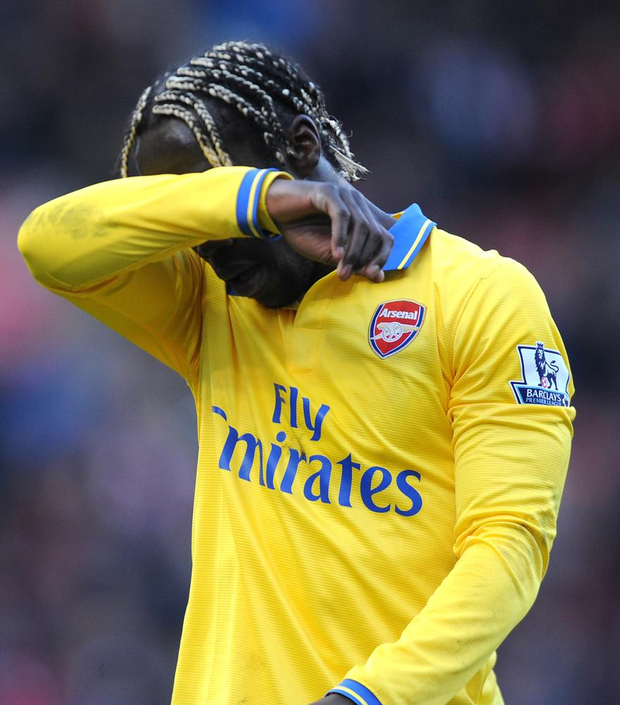 Bacary Sagna 'tells Arsenal he will be off in the summer'