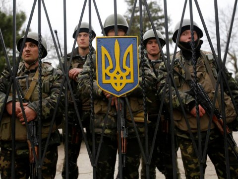 Ukraine: Thousands rally in square as war machine cranks up