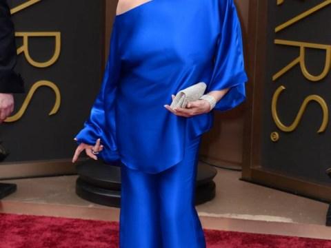 Oh dear: Liza Minnelli suffers wardrobe malfunction at the Oscars as she forgets her underwear