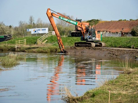 The dredging starts, but is £100m plan on the Level? Diggers arrive in flood-hit Somerset