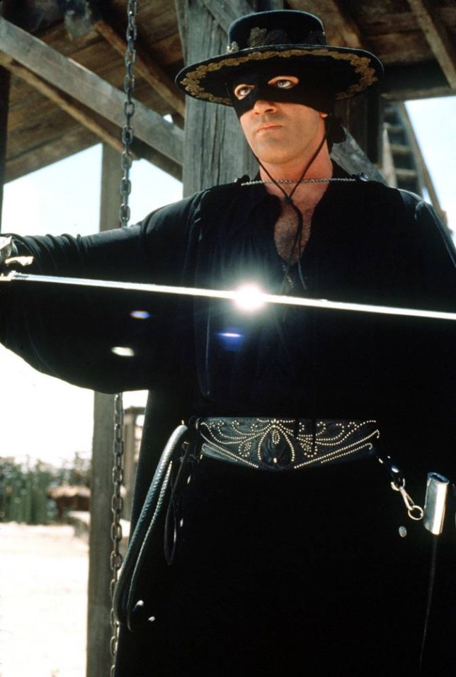 Antonio Banderas stars as Zorro, the gallant bandit-turned-hero who saves his people from the hands of the evil Don Rafael Montero in the TriStar Pictures presentation, The Mask of Zorro.  Distributed by Columbia TriStar Films (UK). Motion Picture Artwork & Photography 1998 TriStar Pictures Inc.  All rights reserved. Copyright   Sony Pictures Entertainment Inc.1998. All rights reserved. Permission granted for reproduction in newspapers and periodicals only. Use of this photograph in books, retrospectives or biographies, or in connection with the sale or advertising of posters or any other production or service, or in any other manner not expressly permitted herein, is prohibited except with the written permission of Sony Pictures Entertainment Inc. Photo credit: Rico Torres The Mask of Zorro will be released by Columbia TriStar Films (UK) on Friday 11th December 1998 across the UK. UK.
