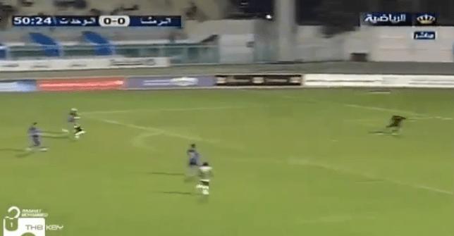 Incredible cheeky 35-yard backheeled flick goal in Jordan – watch
