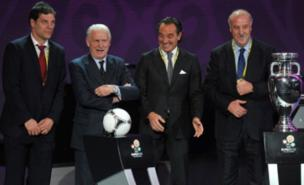 Giovanni Trapattoni (second left) meets his fellow Group C coaches (AFP/Getty Images)