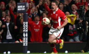 Shane Williams signed off with a great try (PA)
