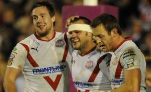 Keiron Cunningham (centre) will take up the role of assistant to Mike Rush after St Helens' sacking of Royce Simmons