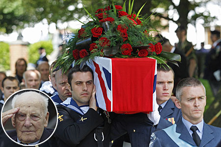 Henry Allingham's coffin was carried into the church by three Royal Navy and three RAF personnel.
