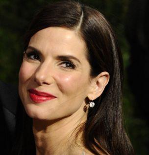 Sandra Bullock is still keeping away from her marital home