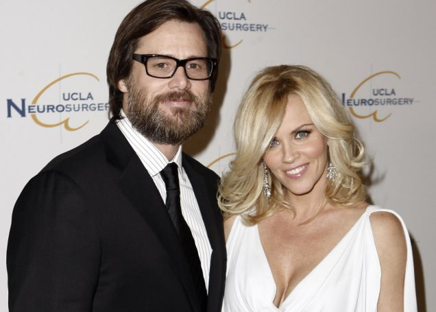 Jim Carrey and Jenny McCarthy, Twitter