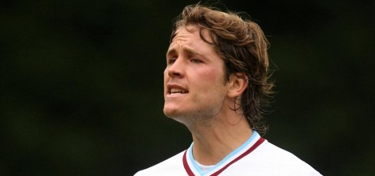Joey Gudjonsson suspended by Burnley after apparent criticism of manager Brian Laws
