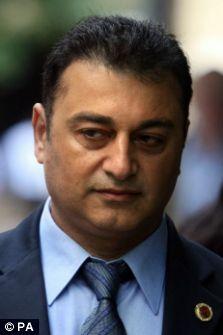 Ali Dizaei retrial, Scotland Yard