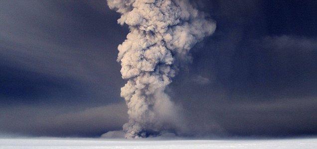 Iceland Volcano Grimsvoetn eruptions erupts