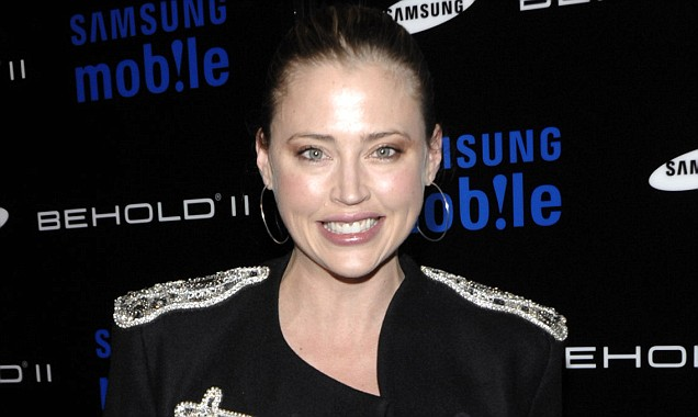 Estella Warren is reported to have kicked a police officer and then escaped from handcuffs after being arrested (Picture: AP)
