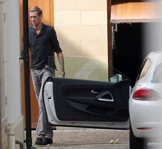 Peter Crouch moves house