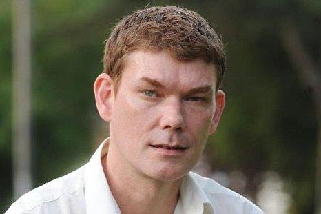 Gary McKinnon still facing extradition to US after judge