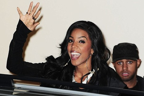 Kelly rowland threatens to quit over twist