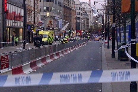 Oxford Street stabbing Boxing Day