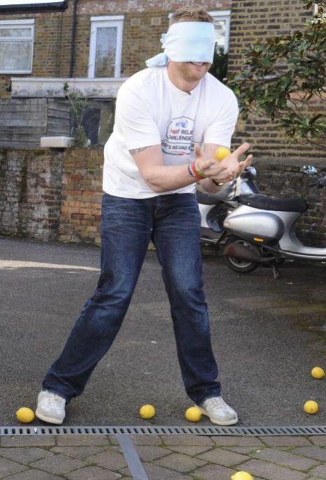Freddie Flintoff , Sport Relief, records.