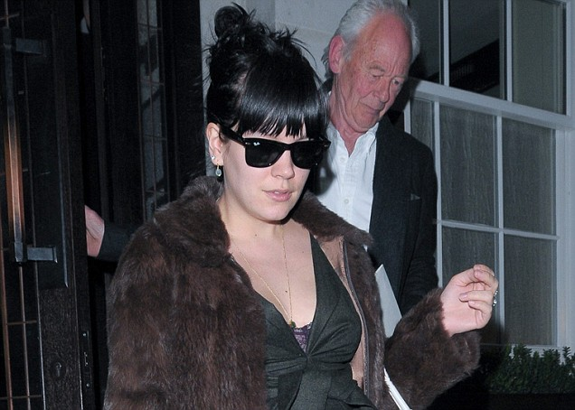5dc6ba37d4209c Lily Allen emotional song Something's Not Right inspired by stillborn |  Metro News