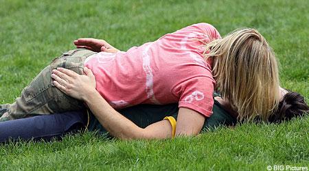 Drew Barrymore and Justin Long enjoy a long smooch