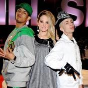 N-Dubz remain at the top of the singles chart