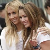 Miley Cyrus and her mum took part in the charity walk