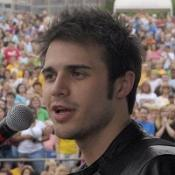 Kris Allen hopes people base their votes on music