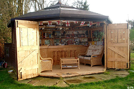 Rugby Pub shed