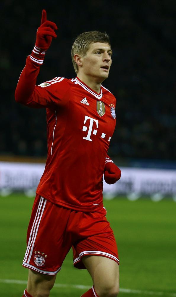 Manchester United transfer target Toni Kroos 'definitely' sticking with Bayern Munich