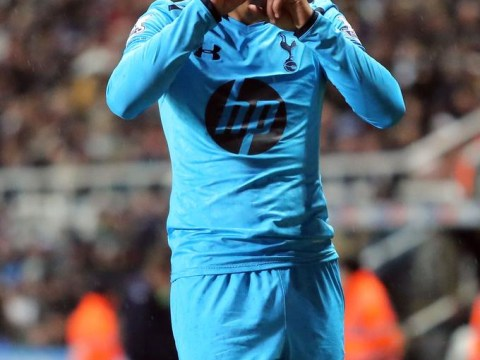 Tottenham's Paulinho 'targeted for loan move' by Roma