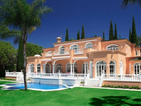 Prince's Marbella home is up for sale (for a cool €5.6million)