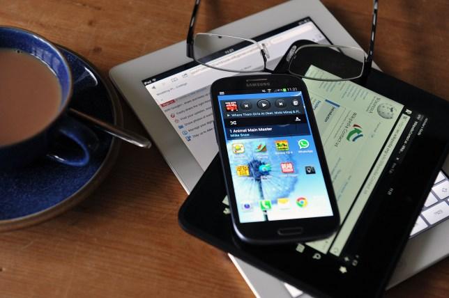 smartphones, ipad, kindle, tablets