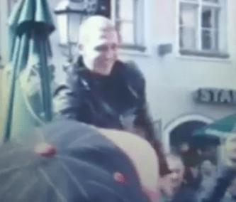 Manchester United fans find Nemanja Vidic look-alike, carry him through Munich