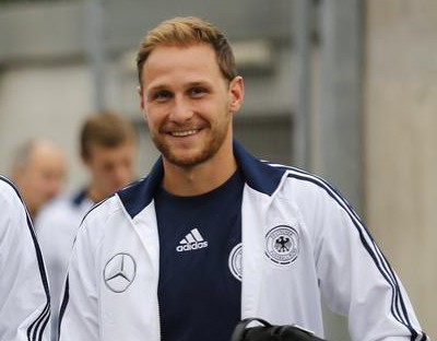 Arsenal target Julian Draxler and Benedikt Howedes involved in car crash with Mercedes' Nico Rosberg