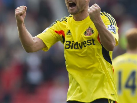 Sunderland show Norwich how it should be done at Old Trafford as the Canary bell tolls