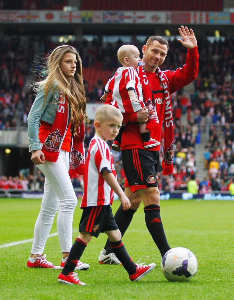 Mark Hughes strengthens Stoke City's defence with signing of Sunderland's Phil Bardsley
