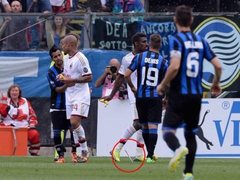 Atalanta fan threw a KNIFE at Kevin Constant and Nigel de Jong