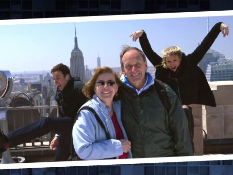 Cameron Diaz is a photobombing hero as she joins Jimmy Fallon pranking New York City tourists