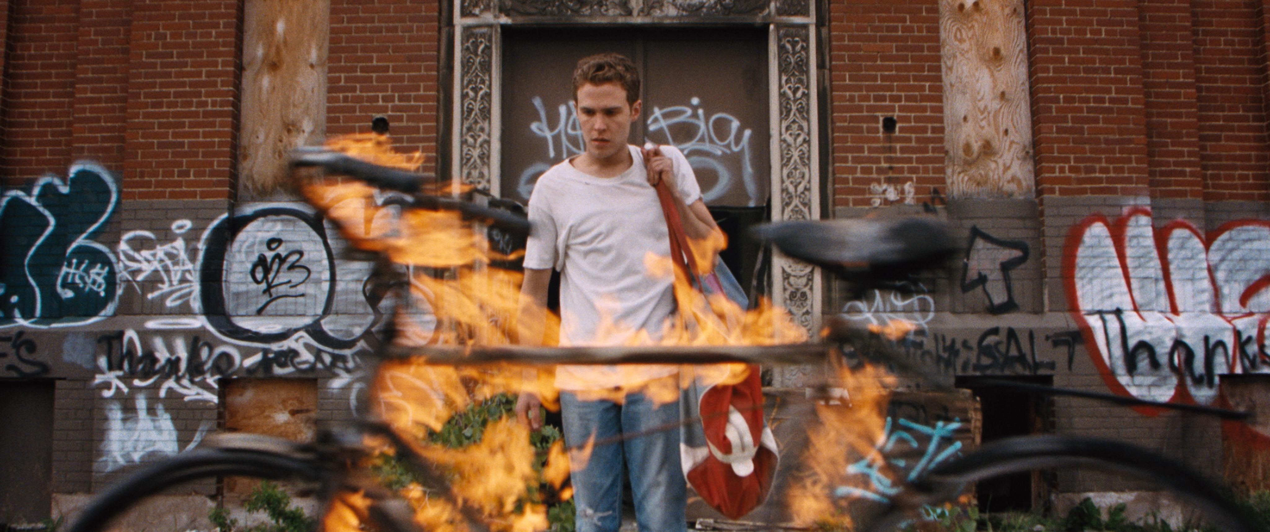 Hey girl, Ryan Gosling's new film Lost River isn't very good