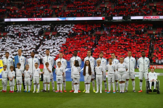 Roy Hodgson demands England players sing the national anthem in