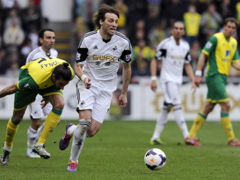 West Ham to miss out on Michu as Swansea striker has medical at Napoli